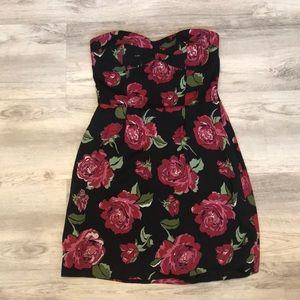 BCBGENERATION SIZE XS ROSE DRESS